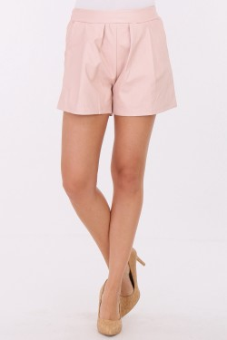 Short en simili cuir