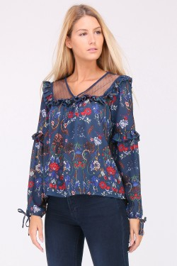 Blouse decollete resille