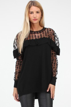 Pull tulle poitrine et manches