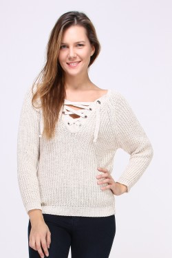 Pull grosse maille avec lacets