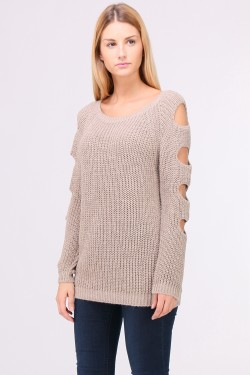 Pull manches avec trous grosse maille
