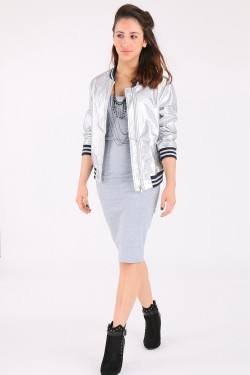 Look complet Robe AIKHA + Bomber R-DISPLAY + Bottines STUDIO H  + Collier