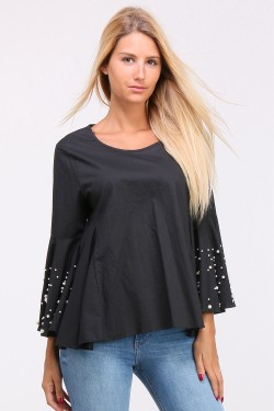 Pearl cotton top with flared sleeves