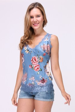 Printed camisole top with lace trim