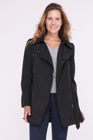 Long waterproof trench with belt