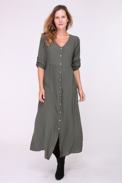 Long loose dress with buttonhole