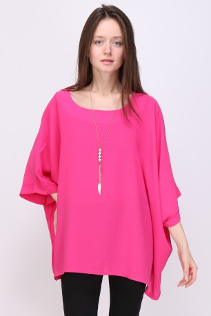 Tunic fluide with collier