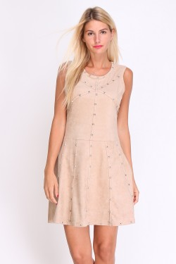Robe cloutee