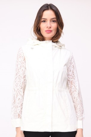 Jacket coupe-vt with hood sleeves lace