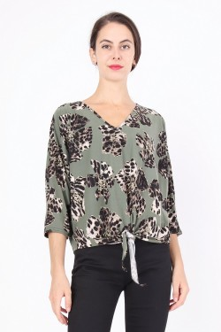 Blouse sleeves 3/4 v-necked with noeud