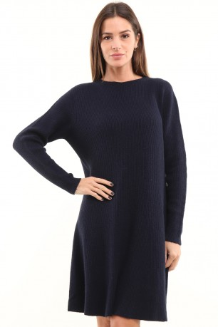 Pull robe en maille col rond