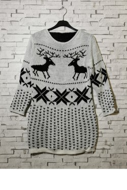 Long sweater, perfect for Christmas parties