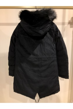 Padded down jacket reversible