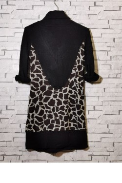 Fine knit and printed tunic