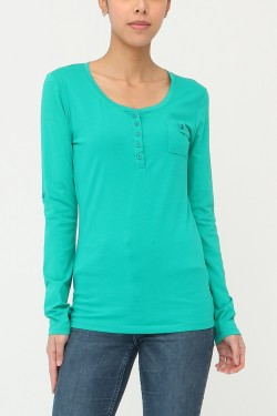 T-shirt with boutons