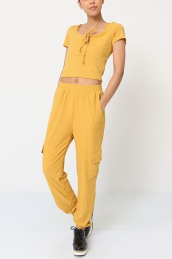 T-shirt and cargo leggings sets
