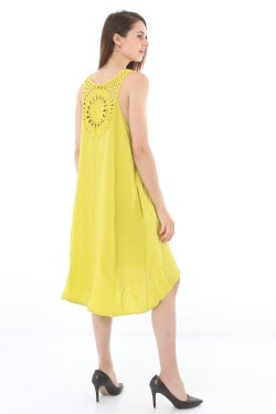 Dress midi  lin with embroidery sans sleeves