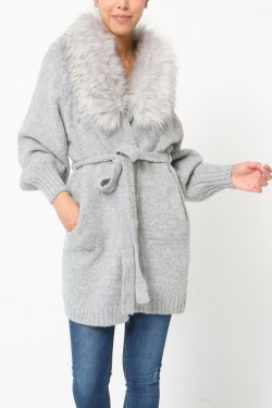 Gilet with fur