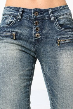 Skinny crumpled jeans with zip