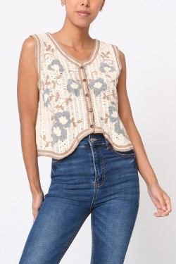 Tank top  crochet with embroidery fleurs