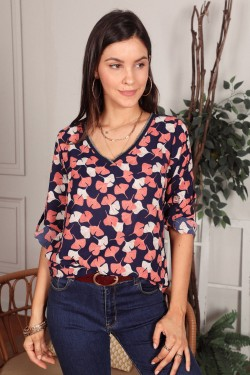 Blouse printed with colure  v